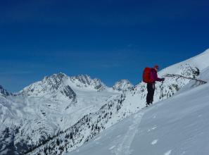 barb sharp acmg ski guide